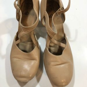 Ladies LaDuca Dance shoe